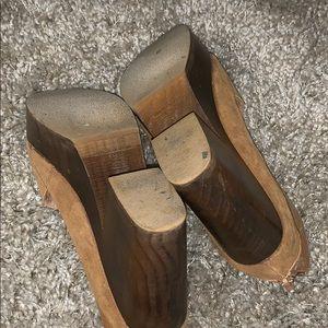 FREE PEOPLE Shoes - FREE PEOPLE HORIZON CLOG